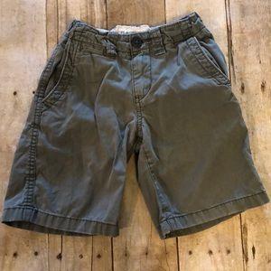 Boys size 5 gray shorts